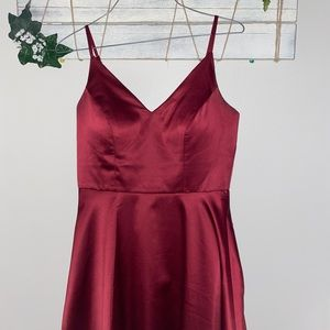 Wine red homecoming dress 👗🍷